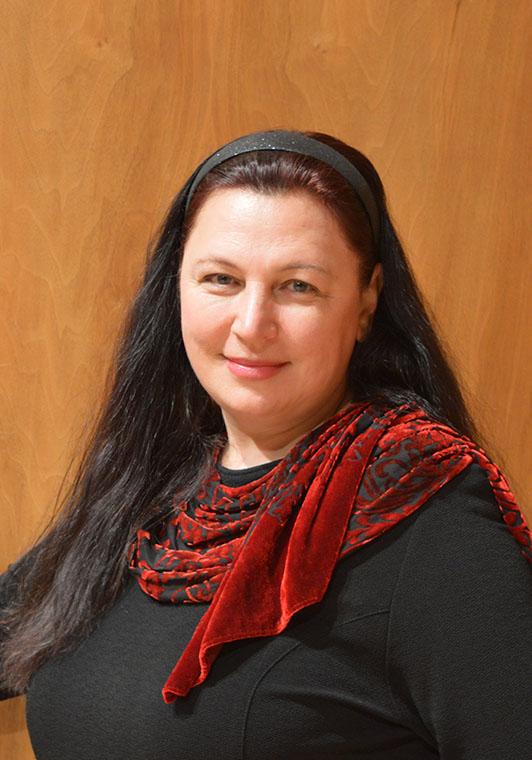 Alina Kudelevic Violoncello